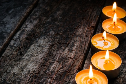 flavored spa candle on a wooden background