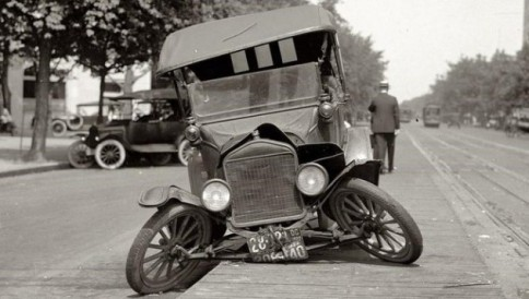 old-car-traffic-accident-630x357